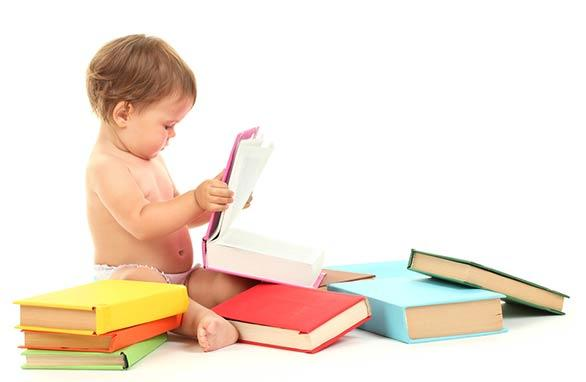 helping baby to read