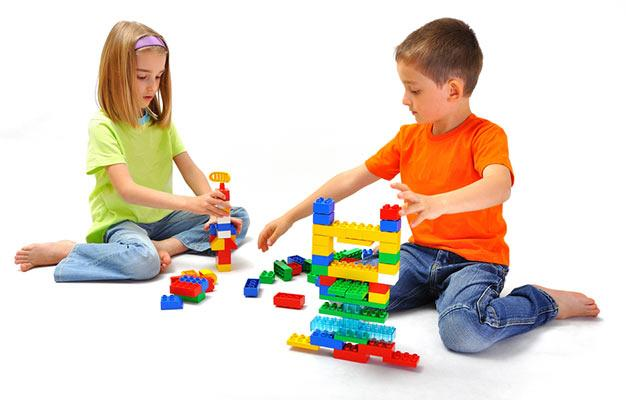 Benefits Of Building Toys : Big benefits of building toys for your kids borncute