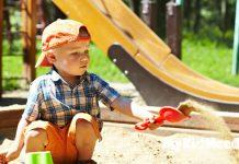 This page contains buying suggestions of sandboxes that would be suitable for children of a variety of ages.