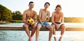 This page contains buying suggestions of gifts that would be suitable for a teenage boy.