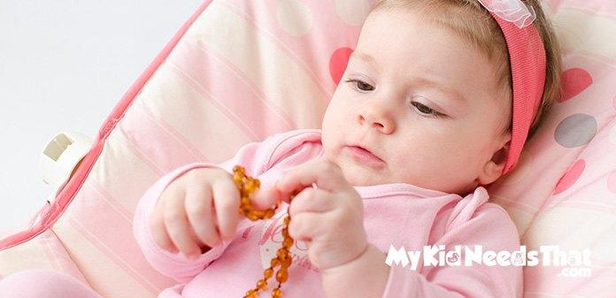 355cbc88cd86e Best Teething Necklaces To Consider in 2019 | Borncute.com