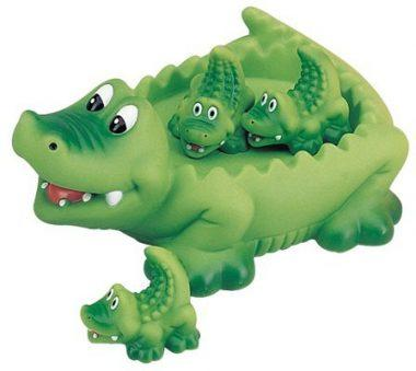 Alligator Family Bath Toy by D&D Distributing
