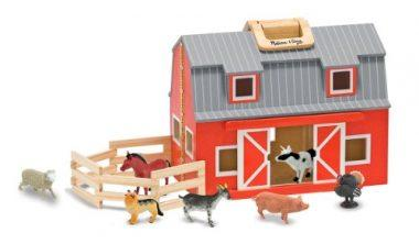 Fold and Go Wooden Barn by Melissa & Doug