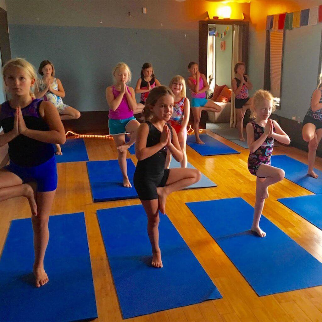 stardust-yoga-studio-classes-for-kids-kids-yoga-page