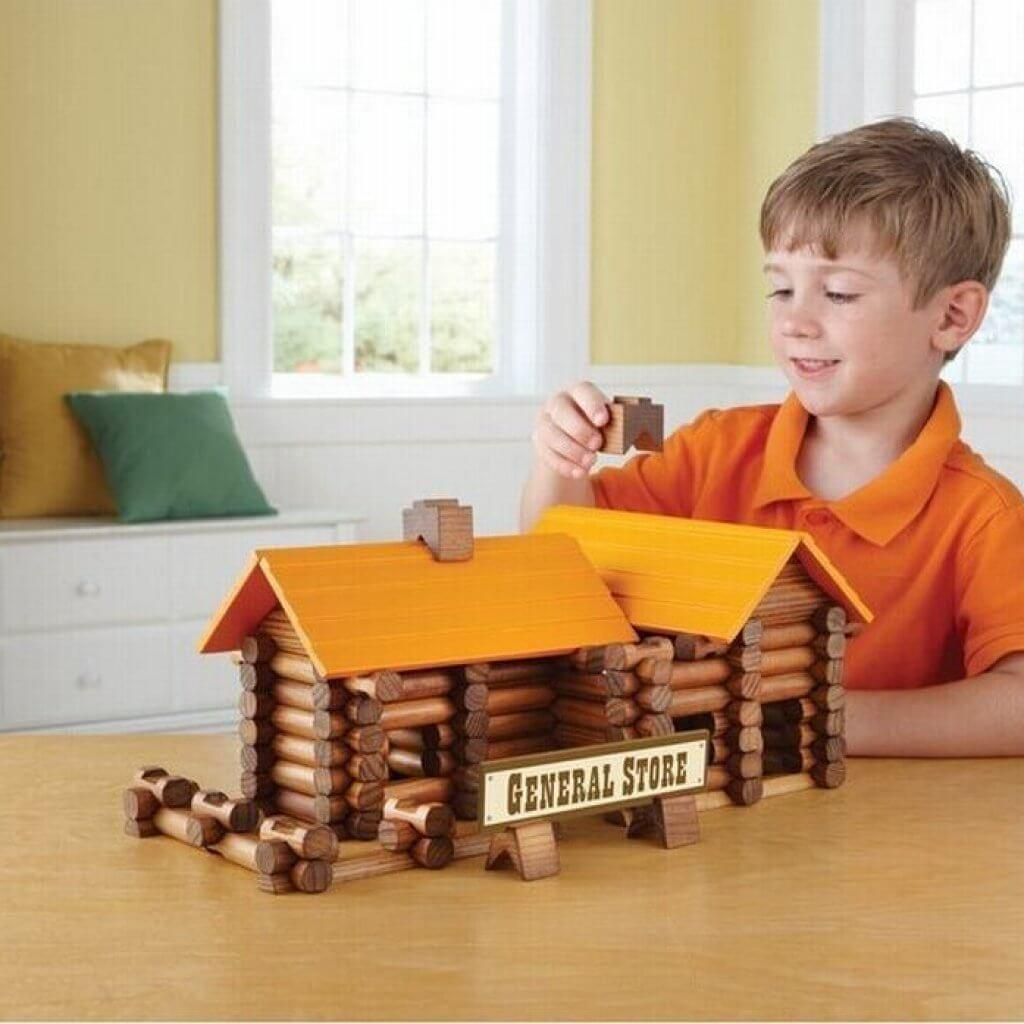 Building-Toys-Logs-What-Makes-A-Kids-Favorite-Toy-Blog-Page