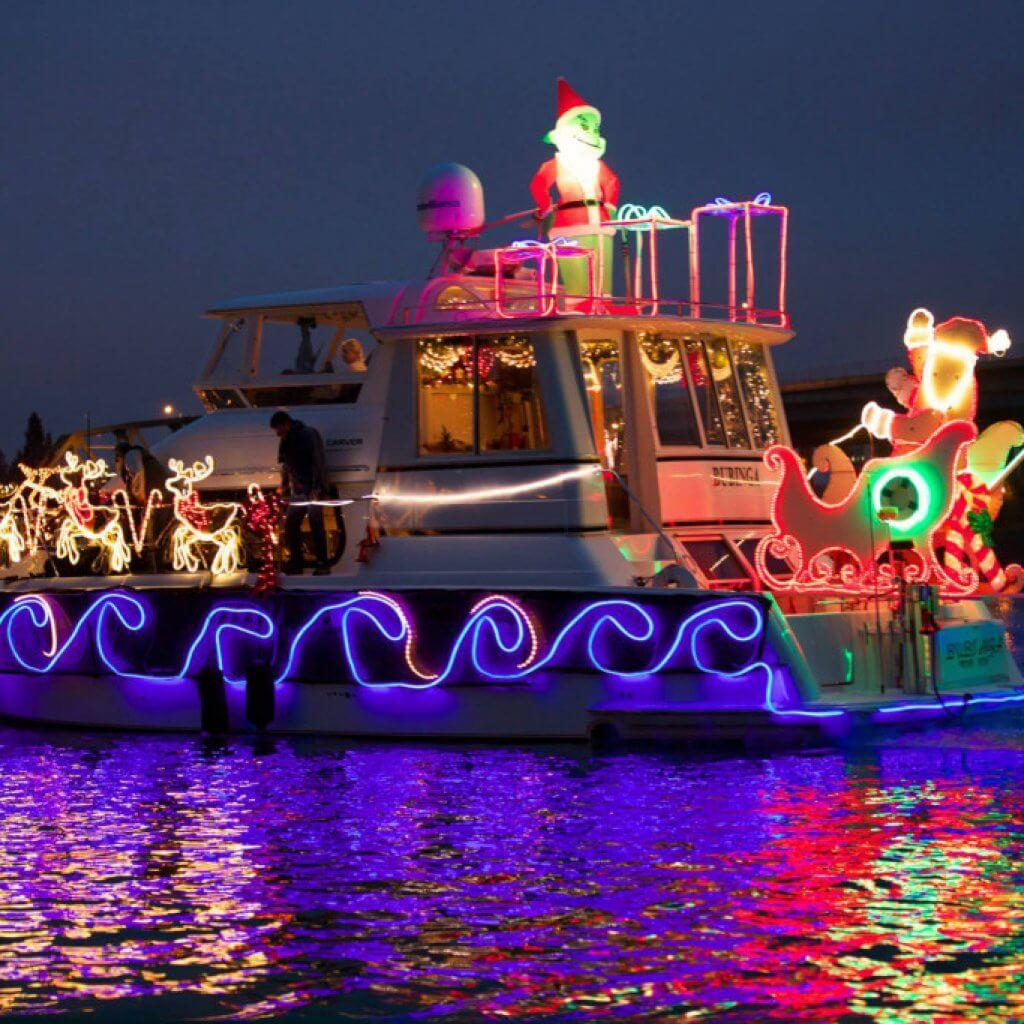 Christmas-Lights-On-The-Water-Holiday-Blog-Page