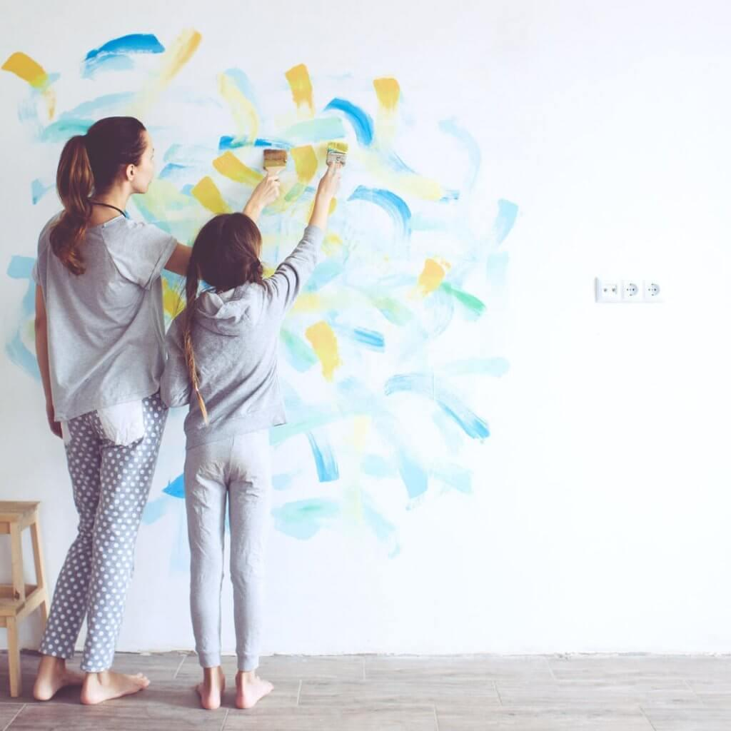Parent-and-Daughter-Painting-Room-Greatest-Kids-Room-Themes