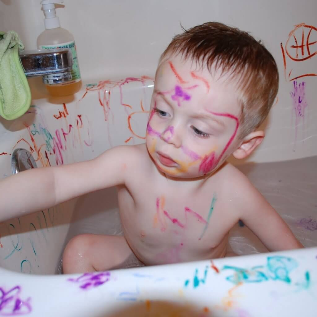 4 year old in bath-bathing blog page