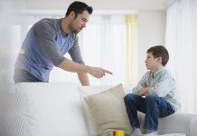 Disciplining your child feat image