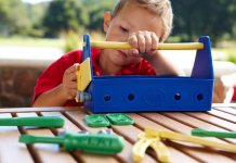 We can help you find the best tools set and workbench for kids.