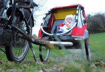 Our guide of the Best Bike Trailers for Kids and Babies.