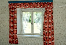 Here you can find the 12 best nursery curtains.