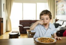 Tips on Baby's First Foods Recommended by Pediatricians