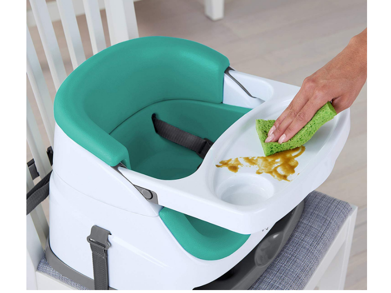 The Ingenuity Baby Base feeding tray is easy to clean.