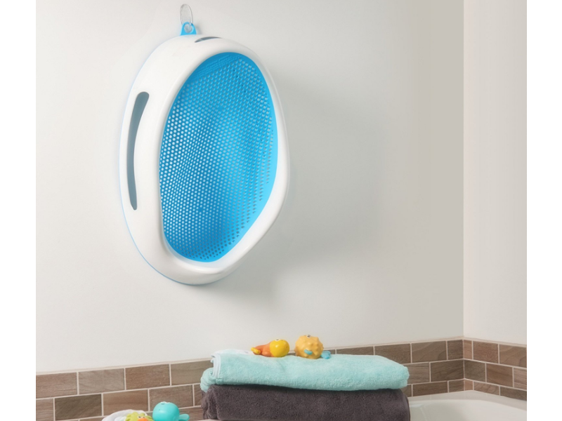 The AngelCare Baby Bath Support is lightweight and easy to store.