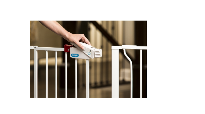 The Regalo Easy Step Baby Gate comes with a lock for a peace of mind.