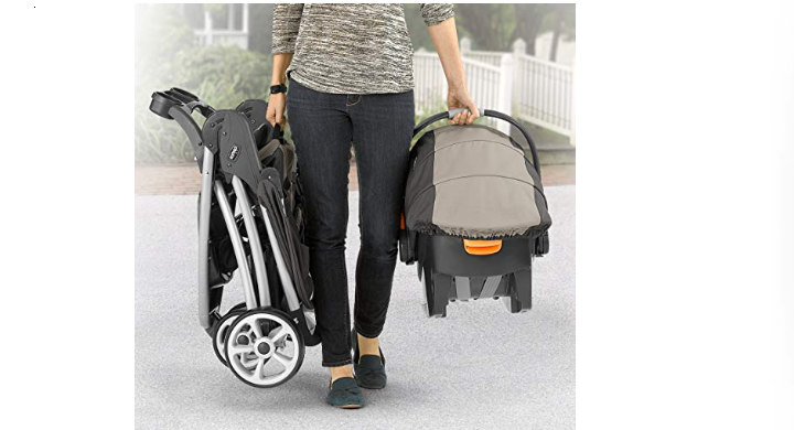 The Chicco Viaro is foldable & lightweight.