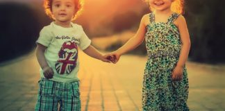 If you are thinking of adopting, here are some tips on how to welcome a foster child in your family.