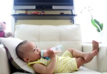 For all eco conscious parents, here are the best glass baby bottles available.