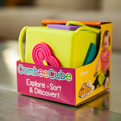 10 Month Old Toys Fat Brain Oombee Cube Box