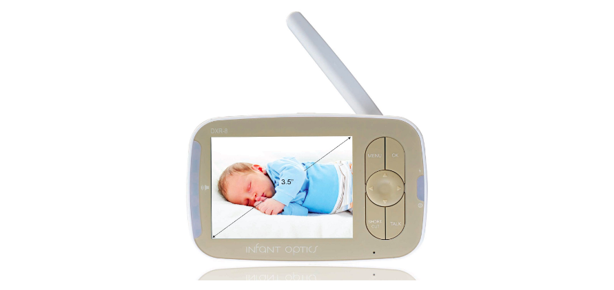 "The Infant Optics DXR-8 comes with a  3.5"" screen."