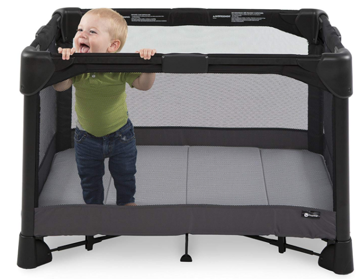 The 4Moms Breeze playard features an intuitive design.