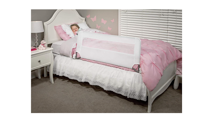 The Regalo Bedrail prevents your child from falling out of the bed.