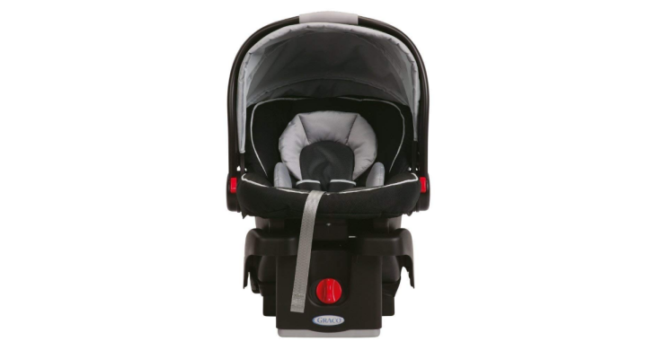 The Graco SnugRide 35 is ultra lightweight.