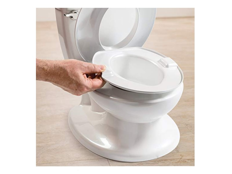 The Summer Infant My Size Potty features a removable pot.