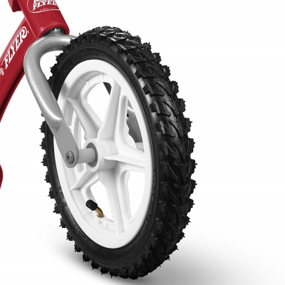 radio flyer glide n go balance bike tire