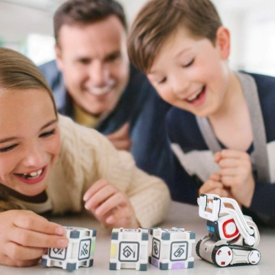 Anki Cozmo, Toy Robot childrens educational toy