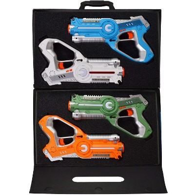 Dynasty Toys Set and Carrying Case 4 Pack