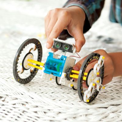 Stem Genius Solar Robot Kit