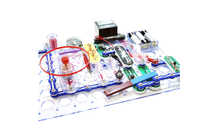 No tools are required for the assembly of the Snap Circuits Stem Electronics Discovery Kit.