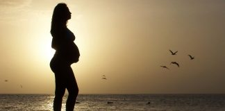 Summer pregnancy can be exausting for some women, so here are 5 safety tips that are sure to help.