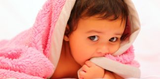 Offered here are the most important tips and tricks for your baby's first bath.