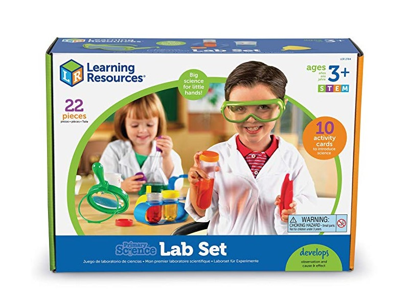 The Primary Science Lab Set is recommended for kids at the age of 3 and up.