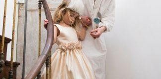 Do you want to have a kid friendly wedding? Here are some useful tips.