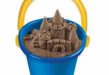 Featured here is the best kinetic sand on the market. Check it out.
