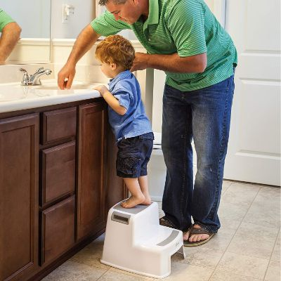 dreambaby2Up step stool wash hands