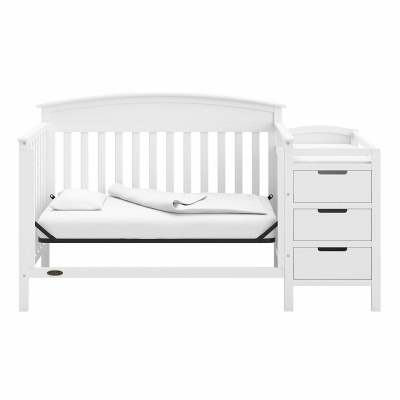 graco benton 4-in-1 crib with changing table design