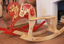 Take a look at the ten best rocking horses available on the market.
