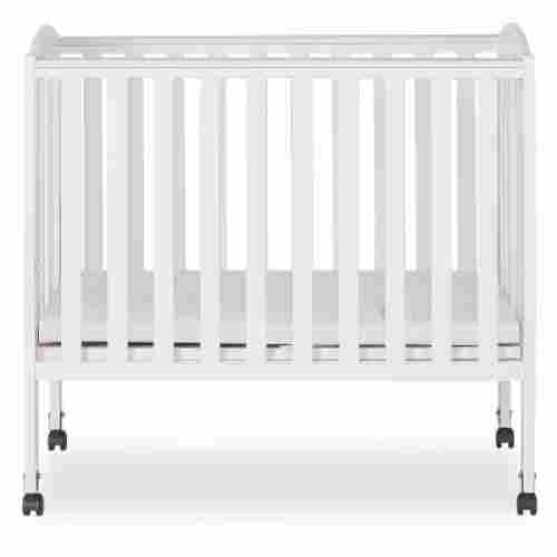 dream on me 2 IN 1 portable cribs display