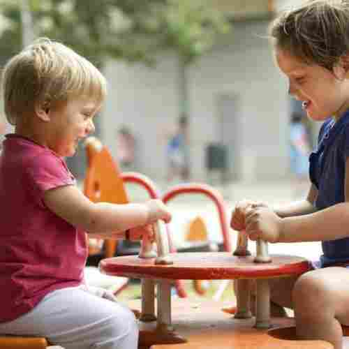 Parrellel-Play-With-Child-Quiet-Child-Blog-Page