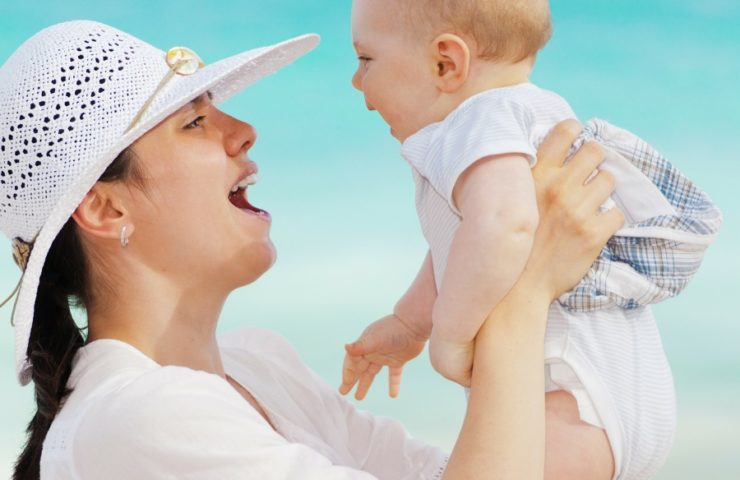 Let us help you find out the best baby exercises for 3 to 6 month olds.