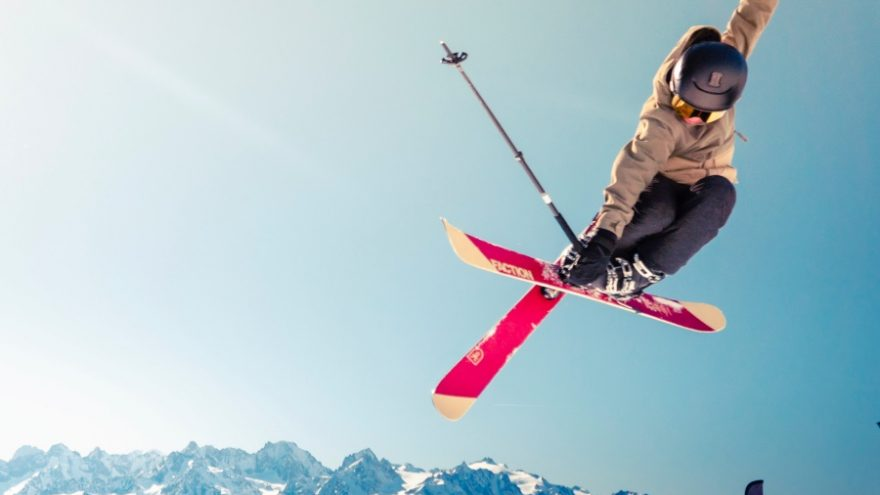 Read about all the amazing benefits of skiing for kids.