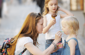 How to Find a Babysitter that's Right for Your Child