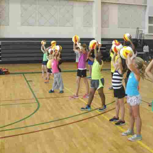 Kids-Playing-Vollyball-Team-Sports-Blog-Page