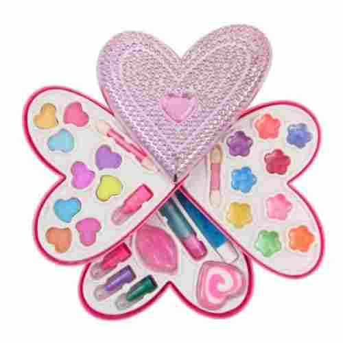 Petite Girls Heart Shaped Play Set