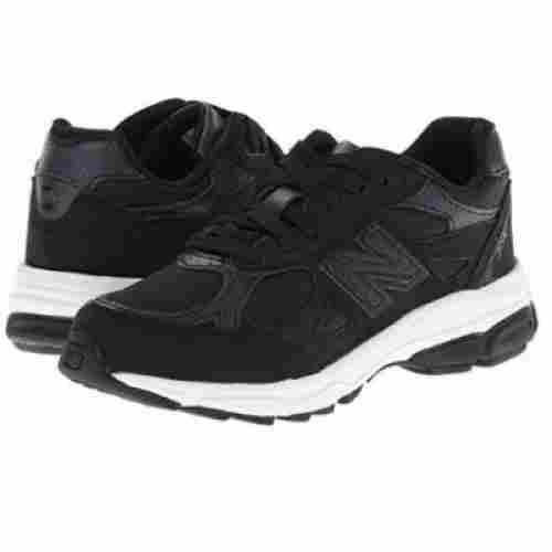 New Balance KJ990 Lace-Up Running Shoe